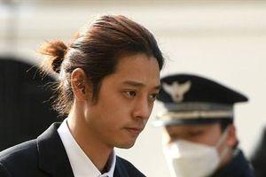 Bê bối tình dục Seungri: Cảnh sát xin lệnh bắt giữ Jung Joon Young