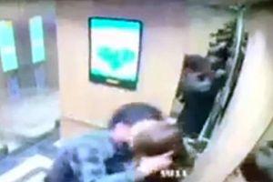 Đối tượng sàm sỡ, cưỡng hôn nữ sinh trong thang máy chỉ bị phạt 200.000