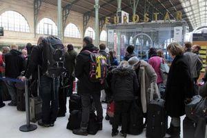 Tàu cao tốc Eurostar bị hủy chuyến liên tục do đình công tại Pháp