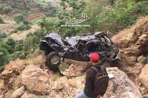 Danh tính tài xế tử vong khi ô tô lao xuống vực sâu hơn 200 mét ở Sơn La