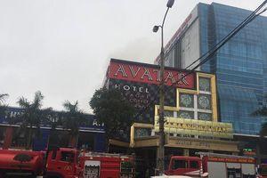 Nghệ An: Cháy lớn ở khách sạn Avatar thành phố Vinh