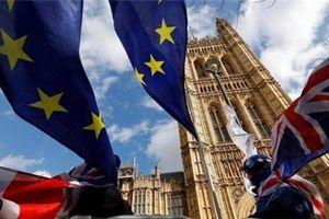 Đầu tư kinh doanh tại Anh sụt giảm mạnh nhất 10 năm vì Brexit