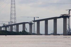 Cầu dây văng tĩnh không cao nhất Việt Nam trên cao tốc Bến Lức - Long Thành