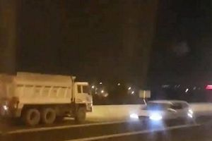 Xử lý nghiêm xe tải ben đi ngược chiều trên cao tốc TP.HCM-Long Thành