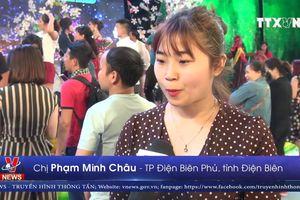 Thí sinh người dân tộc Thái đăng quang Người đẹp Hoa Ban 2019
