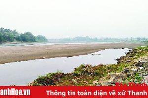 Cuộc sống của người dân xã Yên Thọ bị đảo lộn vì thiếu nước sinh hoạt