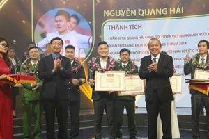 Vinh danh 10 Gương mặt trẻ Việt Nam tiêu biểu 2018