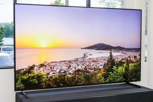 TV QLED 8K của Samsung giá 2,3 tỷ đồng ở Việt Nam