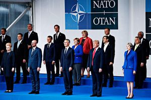 Chồng chéo lợi ích giữa Mỹ và các nước thành viên NATO