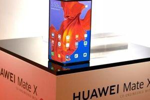 Huawei muốn vượt Samsung trong cuộc đua smartphone màn gập
