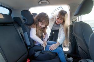 Không cài dây an toàn trên ô tô ở Mỹ, Úc… có bị phạt không?