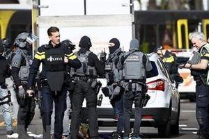 Thủ tướng gửi điện chia buồn về vụ nổ súng trên tàu điện tại Hà Lan