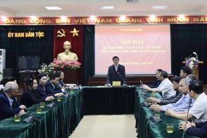 Thứ trưởng, Phó Chủ nhiệm Nông Quốc Tuân gặp mặt Đoàn đại biểu Người có uy tín trong đồng bào DTTS tỉnh Bắc Kạn