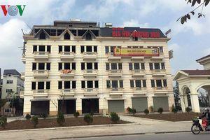 Biệt thự 'khủng' phá vỡ quy hoạch khu đô thị mới của Hà Nội