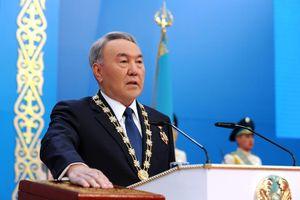 Nursultan Nazarbayev - Từ Tổng Bí thư dưới thời Liên Xô đến Tổng thống Kazakhstan trong 30 năm