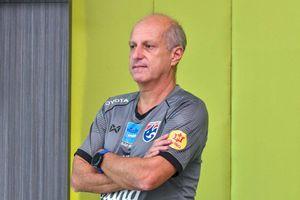 HLV U23 Thái Lan: 'U23 Việt Nam mạnh vì được đá trên sân nhà'