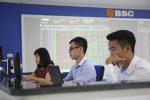 Phải làm gì khi thị giá cổ phiếu thấp?