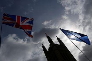 Thủ tướng Anh đề nghị lùi hạn chót rời khỏi EU