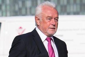Phó chủ tịch Quốc hội Đức đòi trục xuất Đại sứ Mỹ