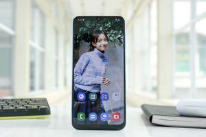 Chi tiết Galaxy A50 ở VN - 3 camera, vân tay dưới kính, giá 7 triệu