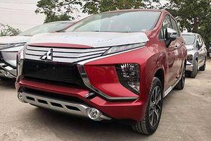 MPV giá rẻ Mitsubishi Xpander thêm màu đỏ về Việt Nam