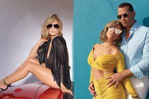Jennifer Lopez diện đồ sexy tạo dáng tình tứ bên vị hôn phu kém tuổi
