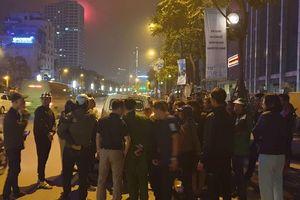 Hà Nội: Va chạm giao thông, rút dao đâm thủng bụng nạn nhân