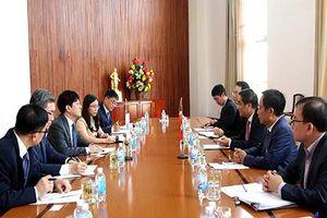 Hàn Quốc hợp tác với Bộ Tài chính Việt Nam trong lĩnh vực chứng khoán, bảo hiểm