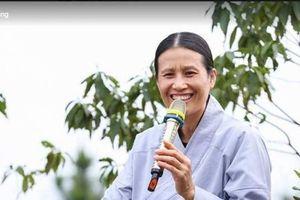 Vì sao nữ phật tử Phạm Thị Yến hay xuất hiện trong ấn phẩm chùa Ba Vàng?