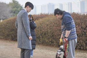 'Chạm vào tim em': Ngoài Yoo In Na, Lee Dong Wook còn đổ gục trước đồ ăn ngon