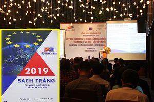 Giới thiệu Sách trắng 2019 tại sự kiện: 'Hiệp định thương mại tự do EU-Việt Nam, TP.HCM - Cầu nối với châu Âu'.