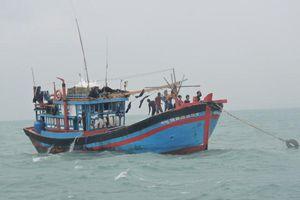 Ngư phủ bị đồng nghiệp đánh rơi xuống biển mất tích ở Cà Mau