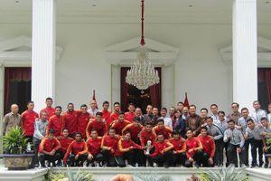Tổng thống Widodo động viên tinh thần U-23 Indonesia