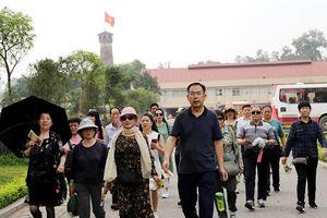 Hà Nội phục vụ gần 7,5 triệu du khách trong quý I