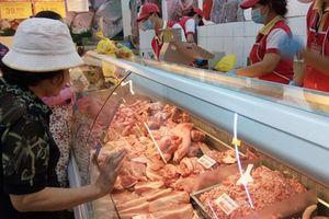 Bộ Công thương tính nhập khẩu thịt lợn: Hỏi khó