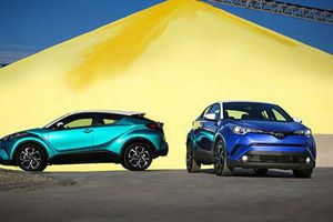 Toyota C-HR 2019 chốt giá 494 triệu tại Mỹ 'đấu' Mazda CX-3