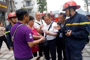 Quảng Ninh: Giải cứu thành công 5 du khách nước ngoài mắc kẹt trong đám cháy khách sạn