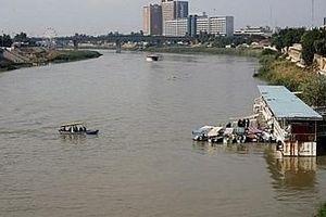 Chìm phà ở Iraq, hàng chục người thiệt mạng vì không biết bơi