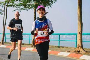 Nữ vận động viên đặc biệt tại Tiền Phong Marathon 2019