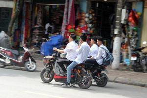 Hà Nội tiếp tục xem xét cấm xe máy điện như xe máy