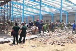 Khởi tố vụ án sập tường nhà xưởng làm 6 người chết ở Vĩnh Long