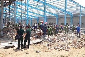 Khởi tố vụ sập tường công trình khiến 6 người chết ở Vĩnh Long