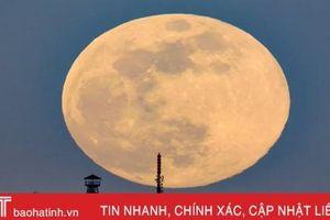 Siêu trăng cuối cùng trong năm 2019 thắp sáng bầu trời khắp nơi trên thế giới