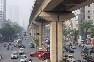 Cận cảnh tuyến đường không làn, chắp vá chằng chịt giữa Thủ đô