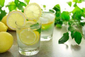 3 công thức pha nước detox giúp bạn giảm mỡ bụng vô cùng hiệu quả