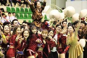 Sinh viên Học viện ANND 'cháy hết mình' trong điệu dân vũ