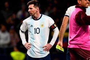 Barca nhận hung tin về Messi từ ĐT Argentina