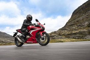 Honda chính thức giới thiệu xe phân khối lớn CBR500R, giá từ 187 triệu đồng