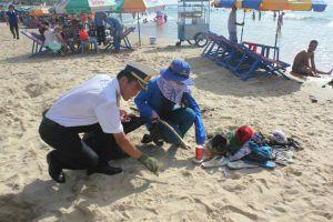 Quân dân Vũng Tàu chung sức làm sạch môi trường