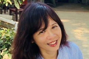 Nhà thơ Đinh Hoàng Anh: Bản chất phụ nữ là yêu thương